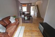 CHENEYS ROAD Terraced property to rent