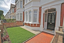 4 bedroom Terraced house in JAMES LANE, Leytonstone...
