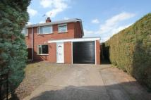 3 bed semi detached property to rent in Elkesley, Retford...