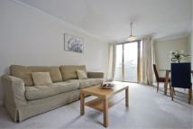 Apartment to rent in Canary Central, E14