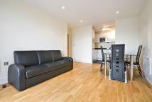 2 bed Apartment to rent in Wharfside Point South...