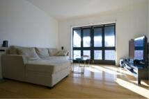 Apartment to rent in Bridge House Quay, E14
