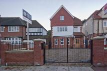 5 bedroom house to rent in West Park, London, SE9