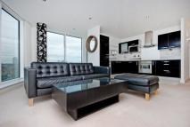 2 bed Apartment in Western Gateway, E16