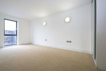 2 bed Apartment to rent in St Luke's Square...