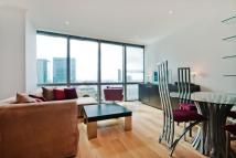 2 bedroom Apartment to rent in West India Quay, E14