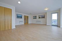 2 bedroom Flat in St. Davids Square, E14