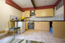 1 bedroom Flat to rent in Carlyle Road E12
