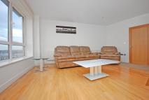 Apartment to rent in Tradewinds, London, E16