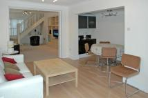 5 bed property to rent in Woodford Road, London...
