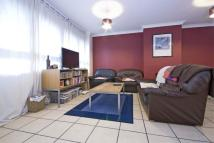 3 bed Flat to rent in Barrier Point E16