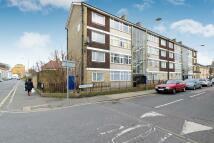 Pelton Road Flat to rent