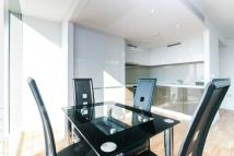 Apartment to rent in Landmark West Tower, E14