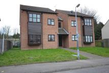 Flat to rent in Runnymede Road...