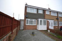 3 bedroom End of Terrace property in Gideons Way...