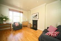 Flat to rent in Kempsford Gardens...