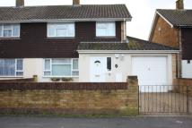 3 bed semi detached property in Maple Road, SO45