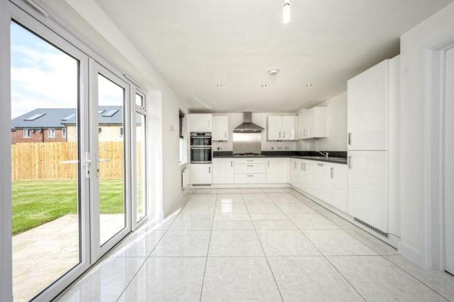 The Wroxham: Kitchen/Dining/Family Area