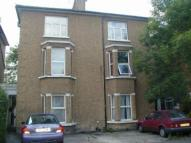Apartment to rent in Arden Road, Ealing...