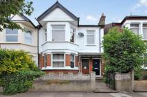 2 bedroom Apartment to rent in Murray Road, Ealing...