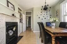 3 bedroom Apartment in Little Ealing Lane...