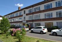 Apartment in Manor Vale, Brentford...