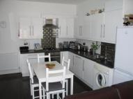 Netherbury Road Apartment to rent