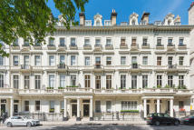 Apartment in Palace Gate, Kensington