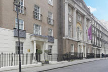 Apartment to rent in John Adam Street...