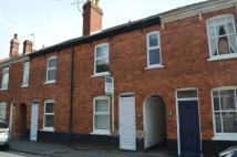 Town House to rent in Langworthgate, Lincoln