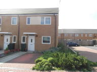 3 bed End of Terrace house in Luddenham Close, Ashford...