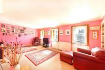 Flat for sale in 1B Bruntons Close...