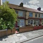 1 bed Flat to rent in Manbrough Avenue, London