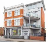 2 bedroom Flat to rent in Markhouse Road, London