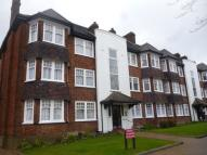 Flat to rent in Hainault Court...