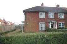 3 bed End of Terrace property in Beechfield Road...