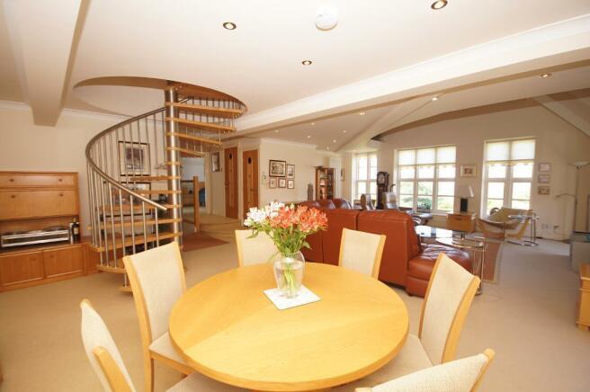 Reception Lounge & Diner