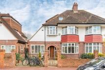 4 bed semi detached home in Holland Avenue, London...