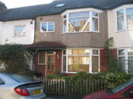 4 bedroom Terraced house in Mulberry Way, London, E18