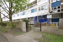 3 bedroom Flat in Chingford Lane...