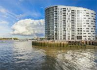 Apartment in New Capital Quay...