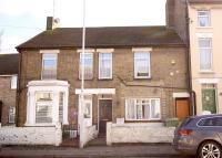 Flat to rent in Chalkwell Road...