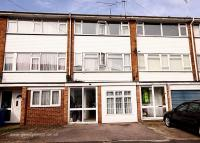 3 bed Town House in Romney Court...