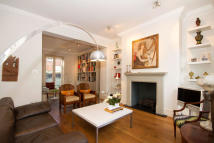 5 bed property for sale in Conway Street, London