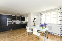 2 bedroom Flat for sale in Boswell Street...