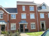 Rosefinch Way Town House to rent