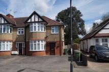 Ground Flat to rent in PRIORY WAY N HARROW