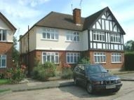 Flat in LLOYD COURT, PINNER