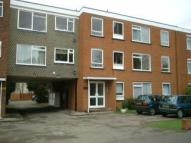 Flat to rent in THE CONIFERS, HATCH END