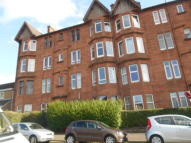 Flat to rent in Linden Place, Glasgow...